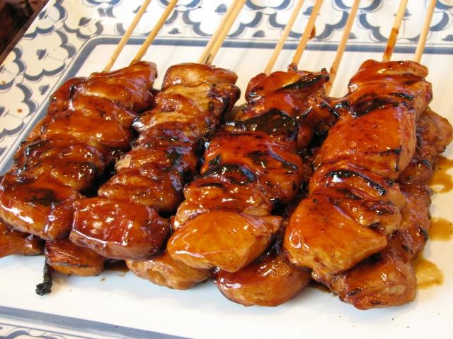 Cours de cuisine japonaise en ligne yakitori